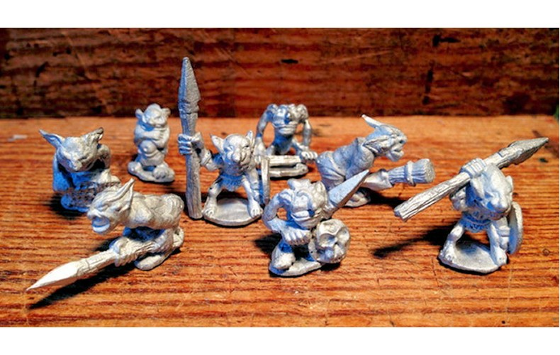 LMF5 8 Snotty Goblins Unpainted 28mm Scale