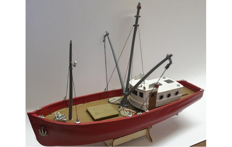 Offer Trawler & Trawler Figures (MB33,F206) (OO scale 1/76th)