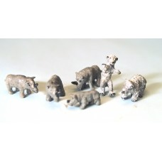 NZ4 Zoo Rhinos and Bears Unpainted Kit N Scale 1:148