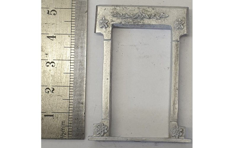 OC6d Large Window - Victorian Decorated Unpainted Kit O Scale 1:43