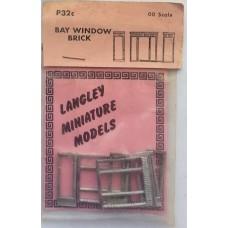 P32c 2 Bay Windows - Brick Unpainted Kit OO Scale 1:76