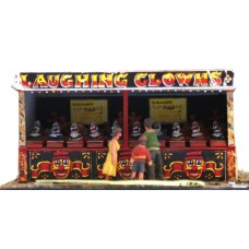 Q11 Laughing Clowns (side stall) Unpainted Kit OO Scale 1:76