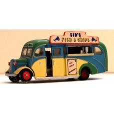 Q30 Fish & Chip Van - Commer coach Unpainted Kit OO Scale 1:76