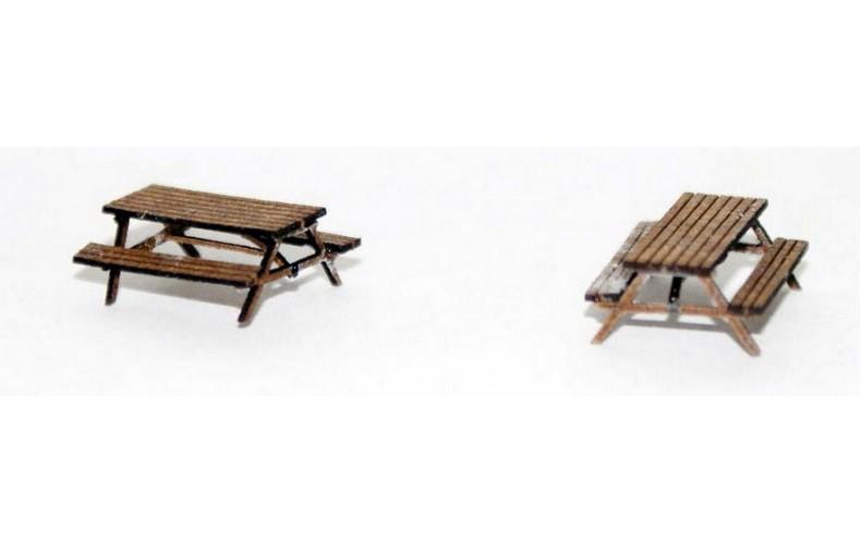 TT10 Pair Wooden Pub Benches  UNPAINTED TT Scale Kit 1/101