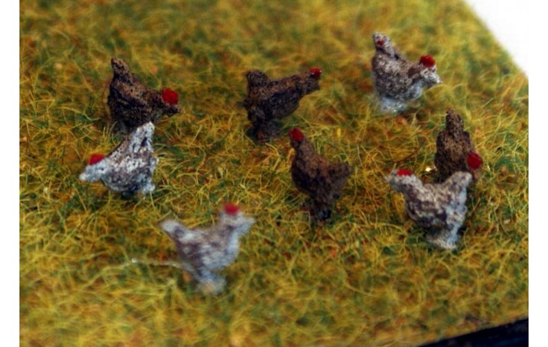 TT9 8 Chickens Cockerels 3mm UNPAINTED TT Scale