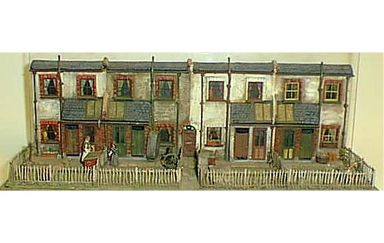 V6set Cottage backs - terrace of 4 Unpainted Kit OO Scale 1:76