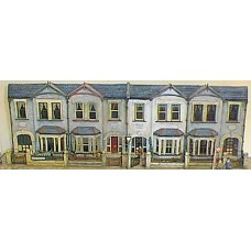 V7set Villa fronts - terrace of 4 Unpainted Kit OO Scale 1:76