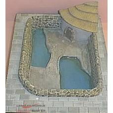 Z09 Enclosure water based-seal/penguin crocodiles etc (OO scale 1/76th)
