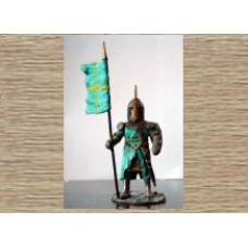 KS5 Foot Knight with Standard (54mm scale)