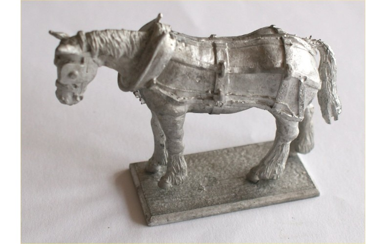 WW4p Painted Harnessed Draft Horse (54mm Scale)