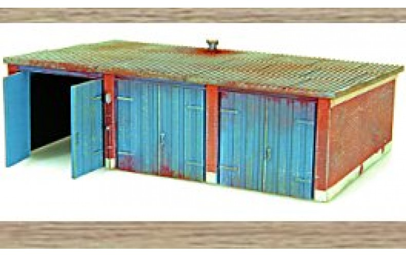 10163 Garages (3 terraced) (OO/HO Scale 1/87th)