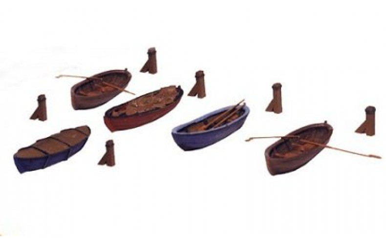 31604 Painted Rowing Boats x 3   (N Scale 1/160th)